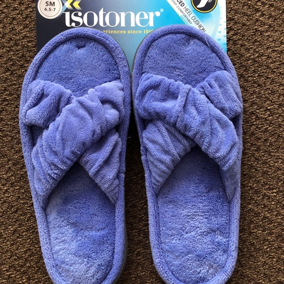 New! Women's Sift & Comfortable Isotoner Slippers